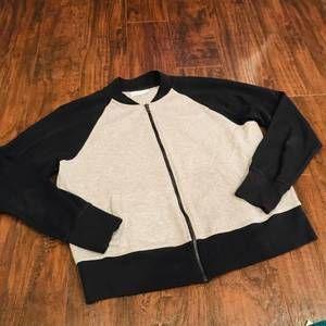Madewell cropped grey zip up sweatshirt